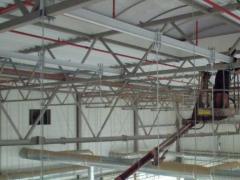 Nettoyage de plafond avec l'aspirateur