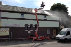 Cleaning of tin roof