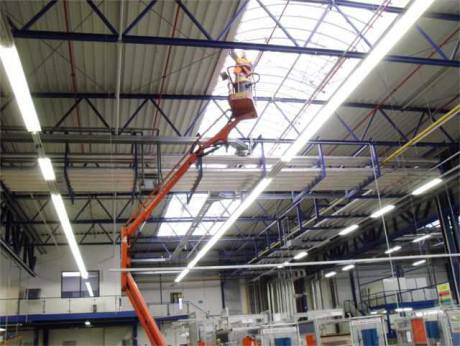 Cleaning of technical distribution