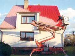 Údržba střechy domu z pracovních plošin ( Karlovarský kraj okres Karlovy Vary)