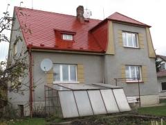Stav po realizaci zakázky - Ochranný nátěr eternitové střechy domu ( Jihočeský kraj okres Strakonice)